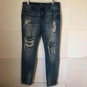 New York & Co Soho Jean distressed womens 8